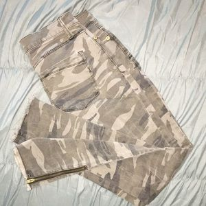 Express camo jeggings - 6R